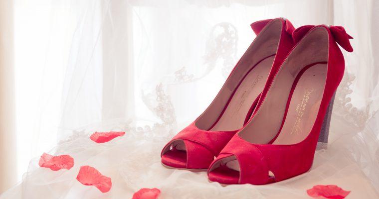 Bijoux, chaussures… Les accessoires des mariés