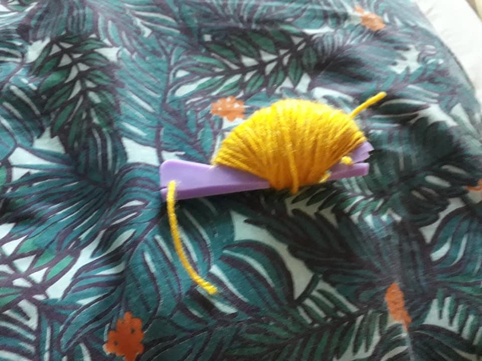 DIY : des pompons en laine pour le mariage !