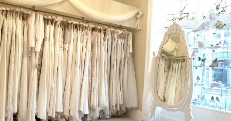 Princesse d'un jour : les premiers essayages de robes de mariée