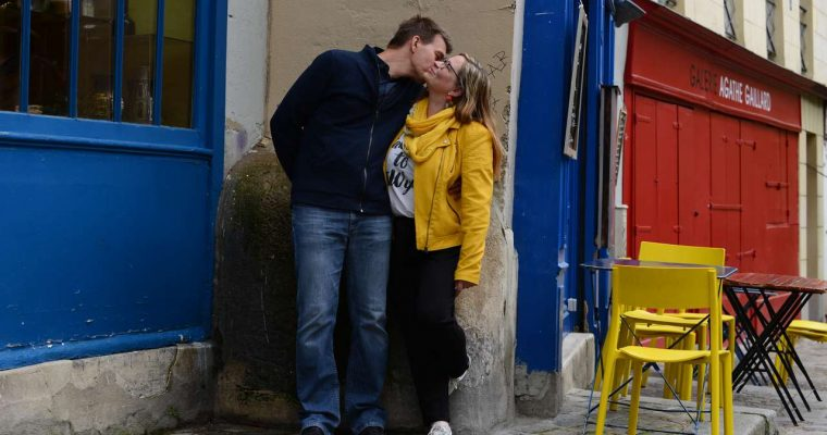 Quand les futurs mariés prennent la pose : notre séance d'engagement parisienne