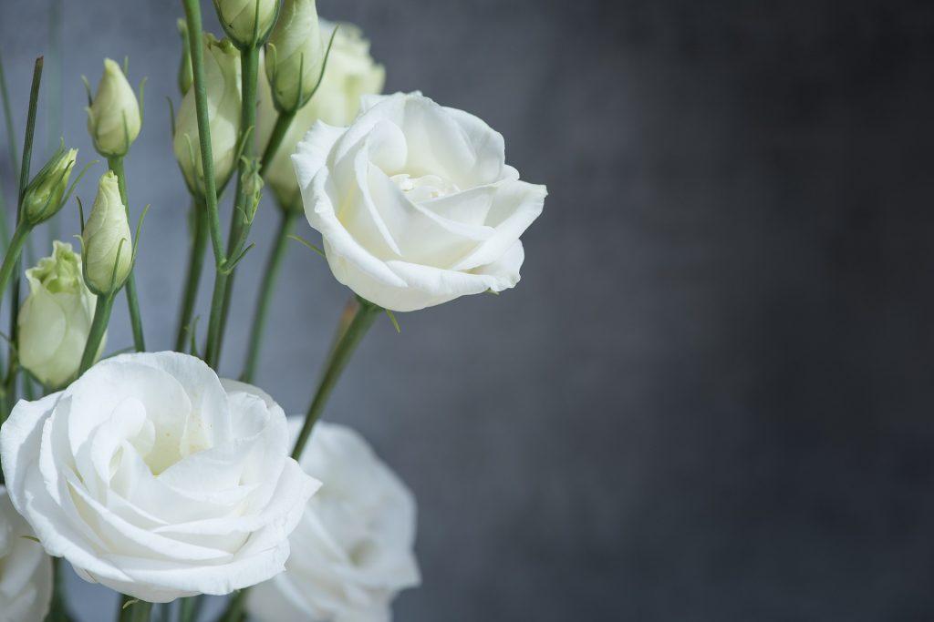 Faire soi-même la déco florale du mariage