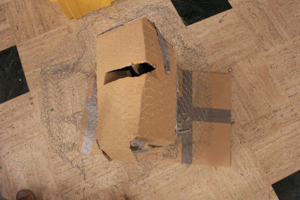 Tutoriel DIY pour une urne de mariage inspirée du rocher de Kaamelott