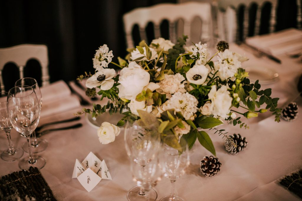 Tutoriel pour menu du mariage sous forme de cocotte en papier // Photo : La Cabine de Margaux
