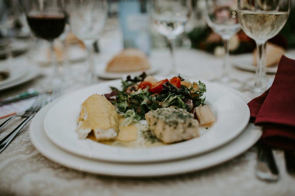 Notre dîner de mariage ponctué de surprises : le menu // Photo : Les Récits de Becca