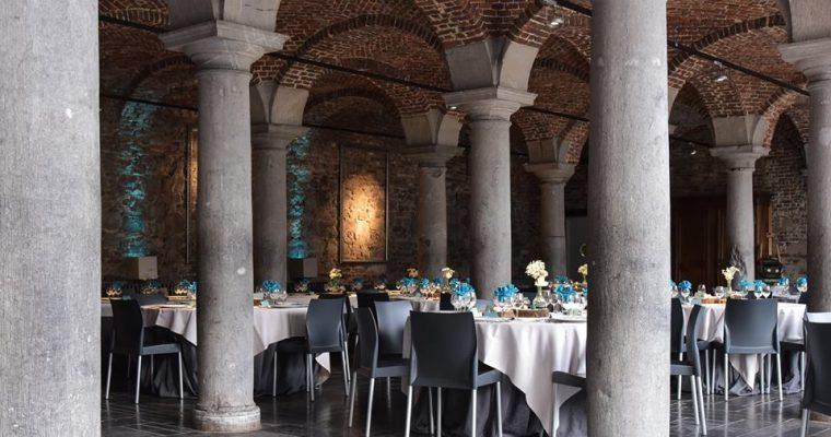 Mon mariage féerique au milieu des ruines : focus sur la déco de la salle et sur le casse-tête du plan de table