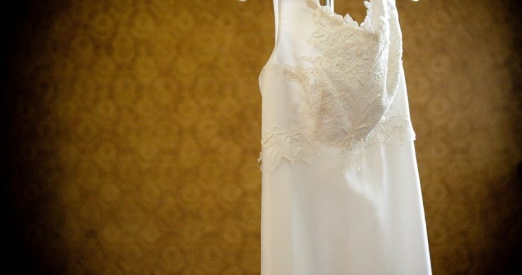 À la recherche de THE robe