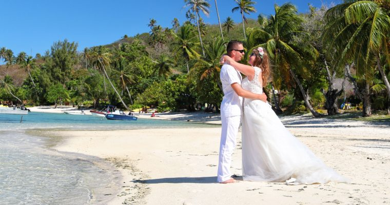 Notre voyage de noces en Polynésie : notre séance photo trash-the-dress !