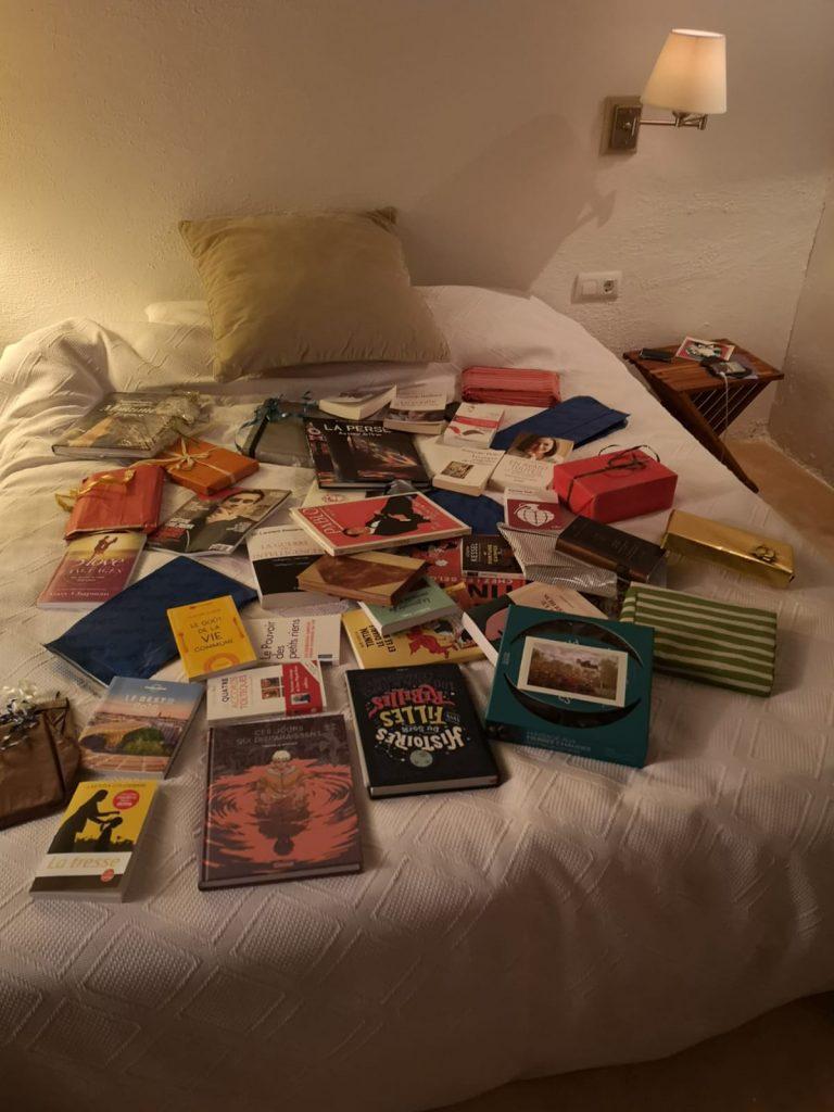 La surprise des invités : la bibliothèque des amoureux !