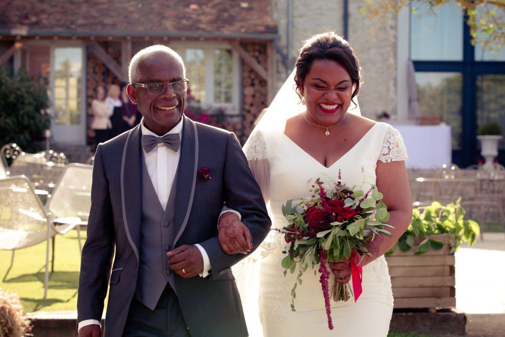 """Notre cérémonie d'engagement : la déco et notre entrée // Photo : Delphine Persyn - Nature Films Photography"""""""