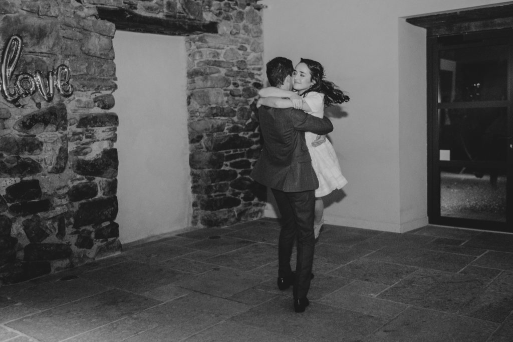 La soirée de notre mariage : animations, ouverture de bal et soirée dansante ! // Photo : Sara Cuadrado