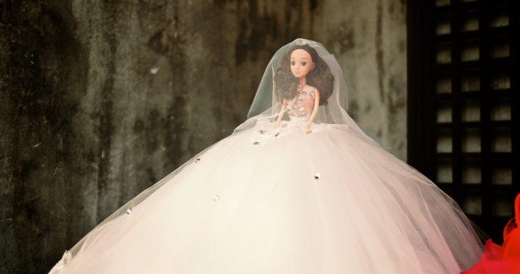Pourquoi deux mariages Mademoiselle Lemon ?