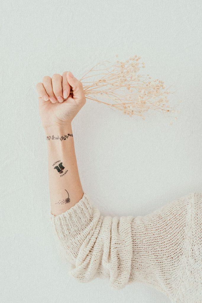 Les tatouages personnalisés Petit Mariage entre Amis