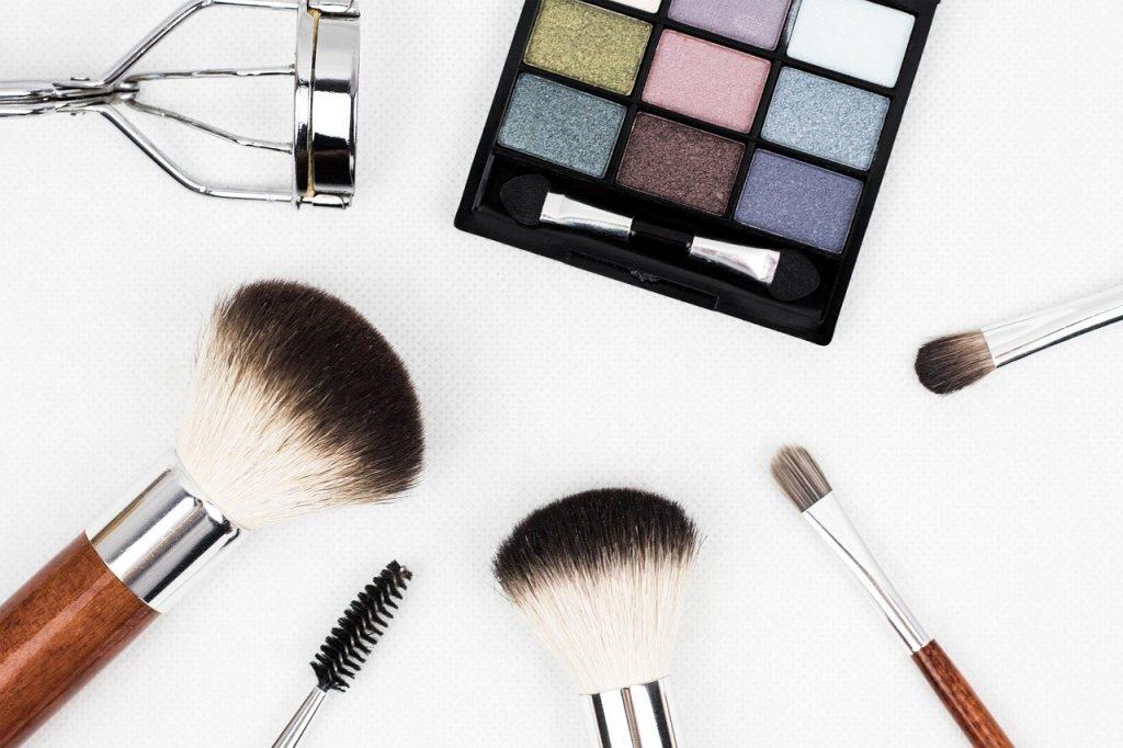 Mes essais coiffure et maquillage pour mon mariage