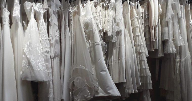 Mes essayages de robes de mariée – Acte 3 : les robes de créateurs à prix cassés