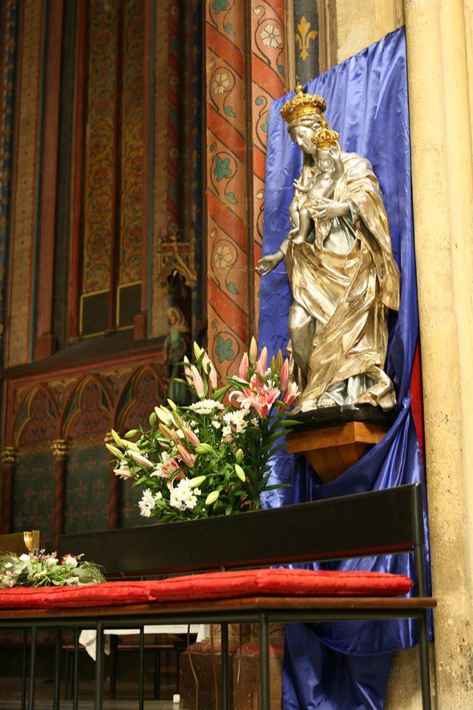 Notre cérémonie religieuse en Provence