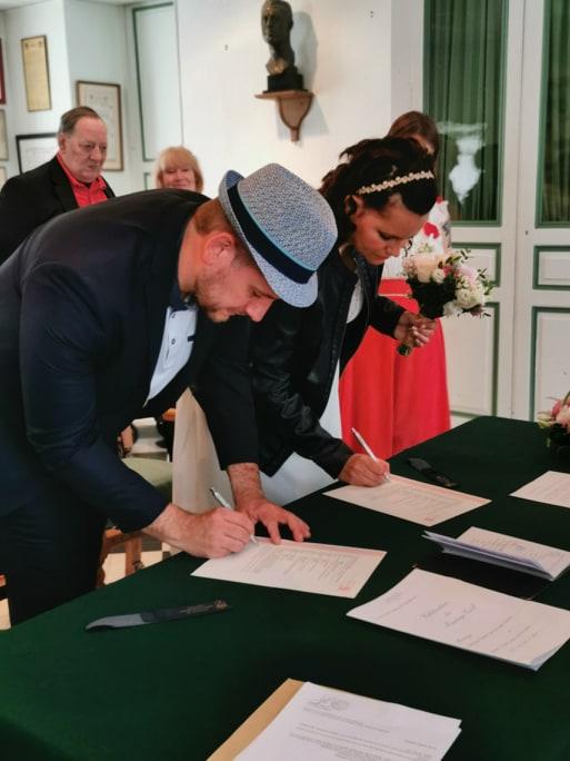 Mon mariage civil en bleu et blanc : la cérémonie à la mairie