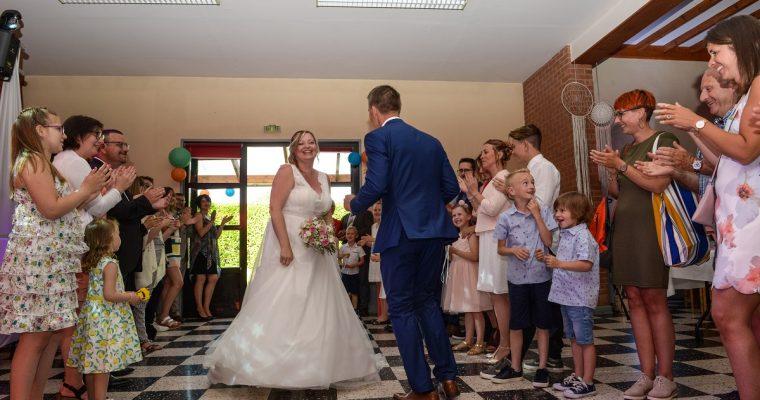 Mon mariage simple et convivial en couleurs pastels : notre joyeuse entrée