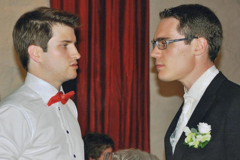 Messieurs Pragmatique et Pingouin Vert, au mariage de ce dernier