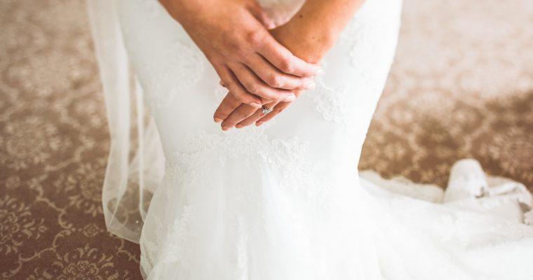 Celle qui part à la quête de sa robe : les critères