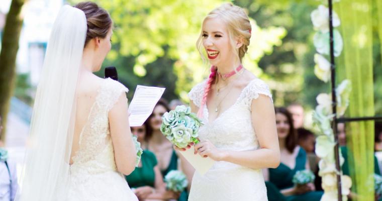 Mon mariage dans le Pays d'Oz: la cérémonie laïque, ou départ pour le pays des contes de fées