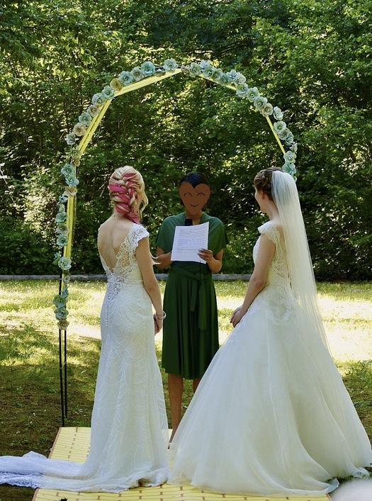 Notre cérémonie laïque officiée par Fabiola