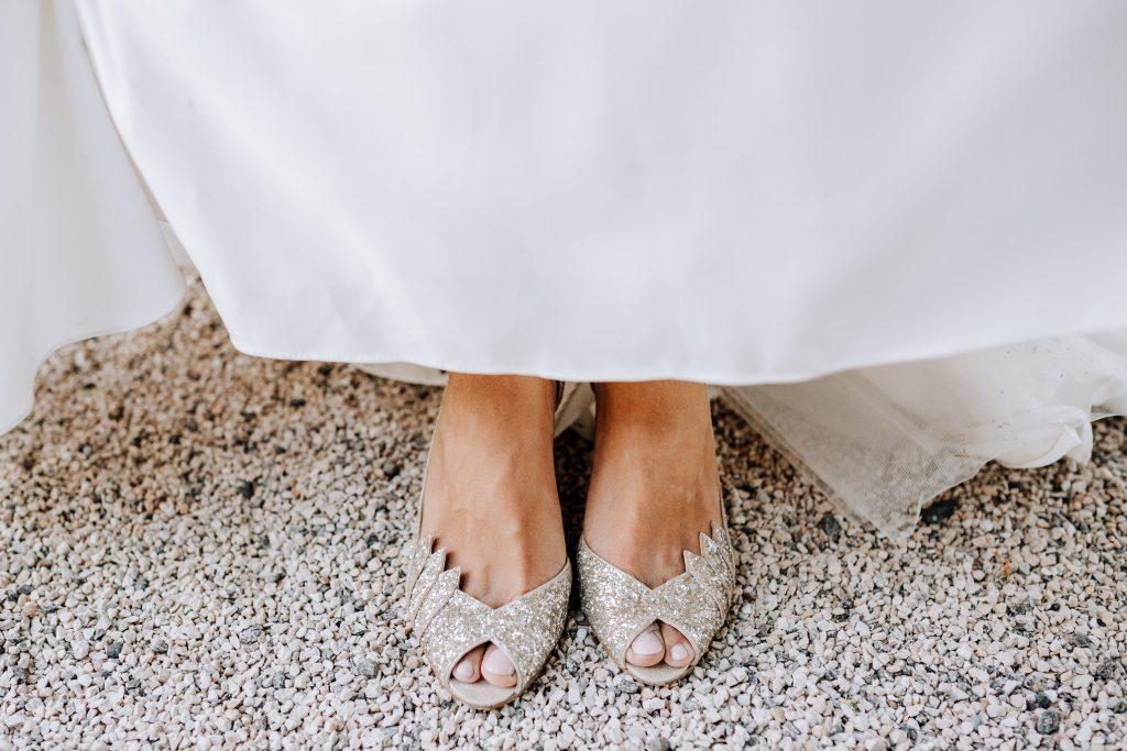 Recherche chaussures de princesse pour mariage !