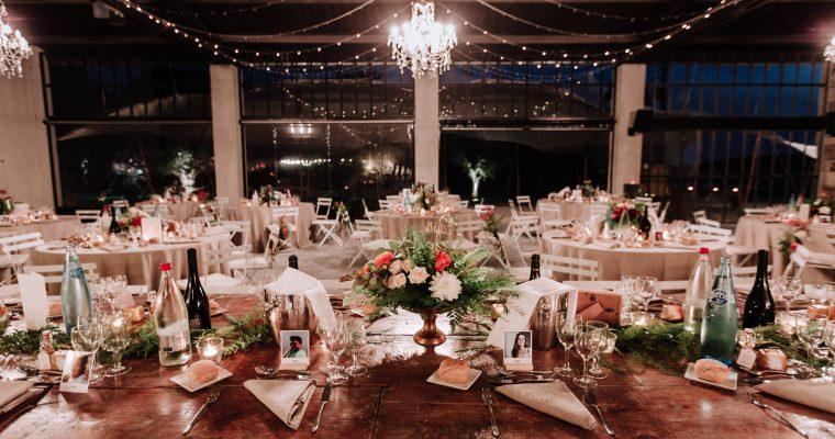 Mon mariage provençal, doré et tropical : la décoration de la salle et l'entrée des mariés en vidéo