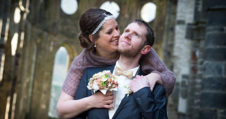 Mon mariage religieux tout en convivialité et en sourires : de notre réveil à nos photos de couple, un début de matinée bien rempli