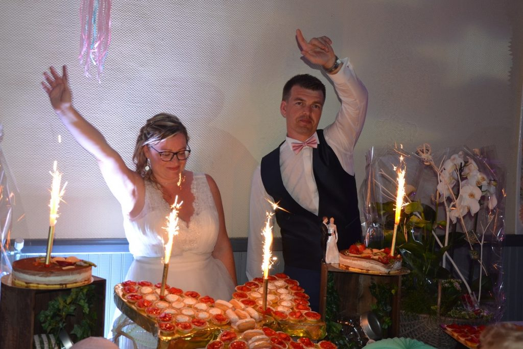 Le gâteau de mariage qui s'écroule