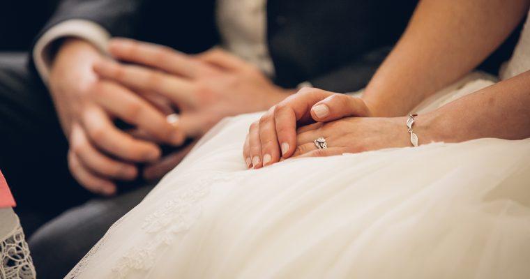 Mon mariage romantique franco-irlandais : notre cérémonie religieuse, et les premières photos !