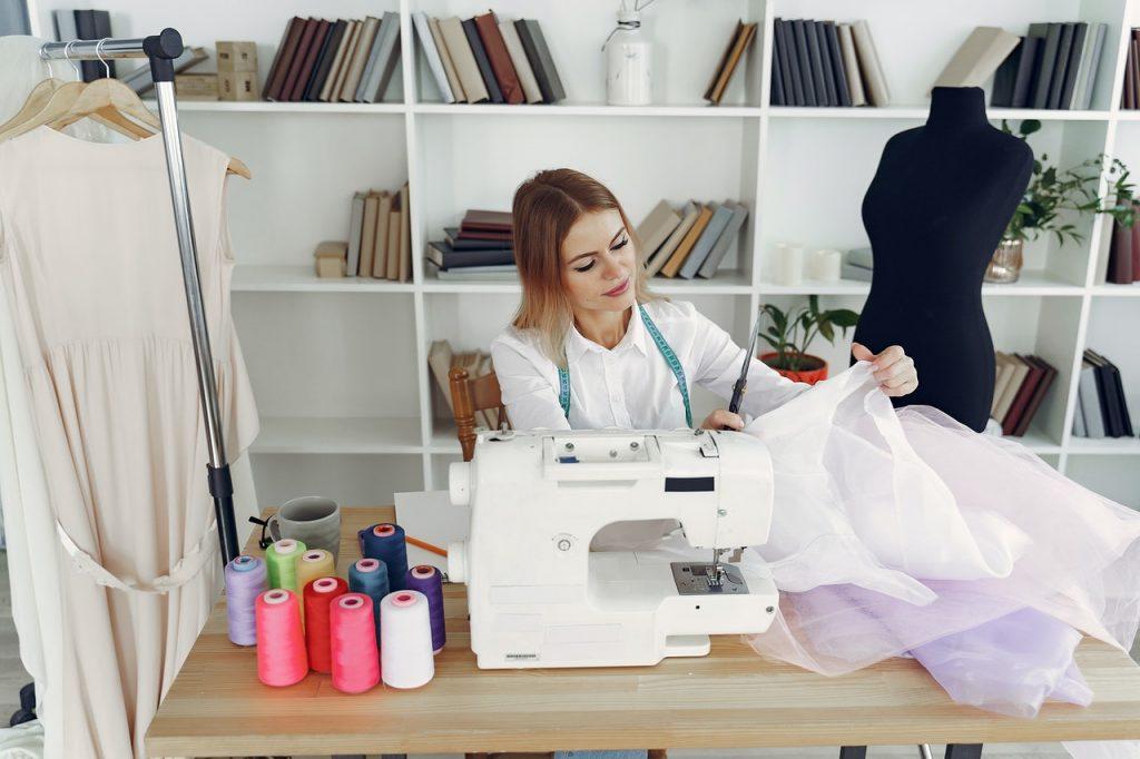 Imaginer ma robe de mariée pour la faire coudre par une créatrice
