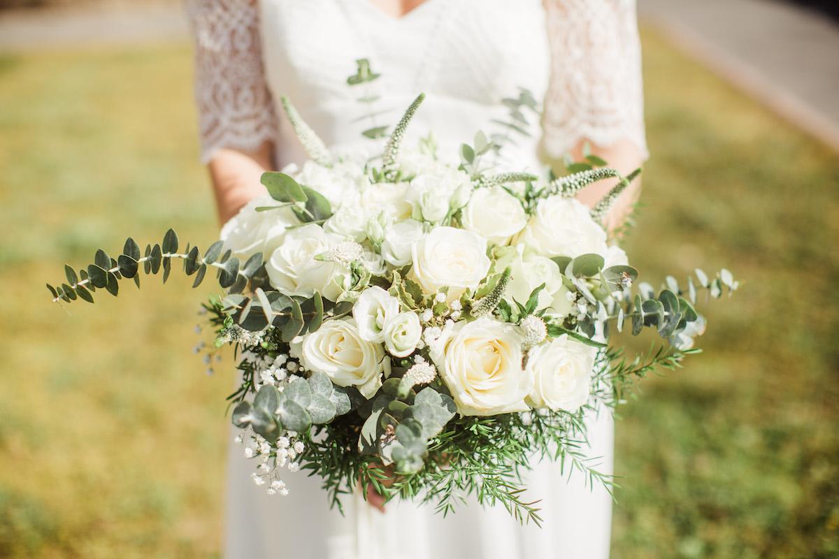 le coeur dans les etoiles – wedding planner – sardaigne – provence – luberon – mariage – organisation – antonio patta – bouquet mariee bis