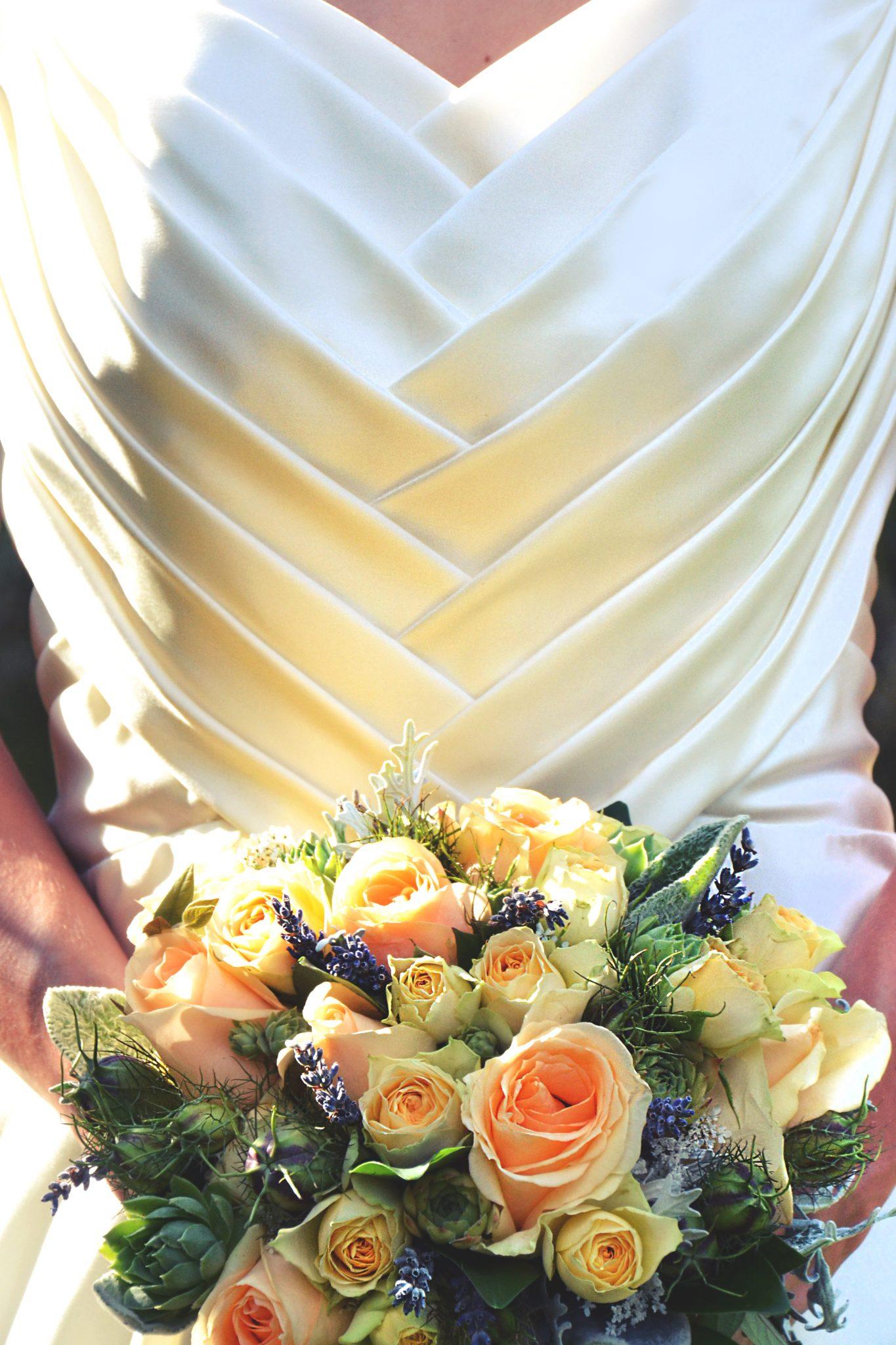 robe de mariée cintrée